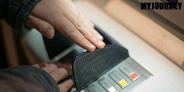 Tutupi Tangan Ketika Memasukkan PIN